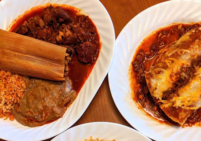 """Mexican dinner with Tamale (Image by <a href=""""https://pixabay.com/users/catceeq-14180496/?utm_source=link-attribution&utm_medium=referral&utm_campaign=image&utm_content=4709667"""">catceeq</a> from <a href=""""https://pixabay.com/?utm_source=link-attribution&utm_medium=referral&utm_campaign=image&utm_content=4709667"""">catceeq/Pixabay</a>)"""