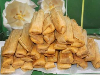Tamales (Image by Marten Holdway from Pixabay).