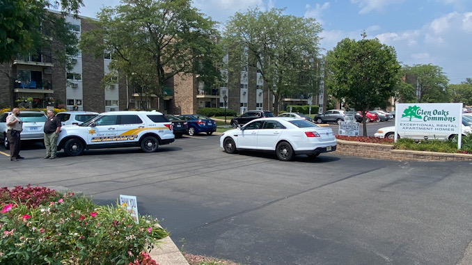 Cook County Sheriff's deputies on scene during investigation of a reported attempted robbery and shots fired by the robber in the block of 9700 Dee Road near Des Plaines