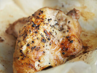Cooked chicken meat