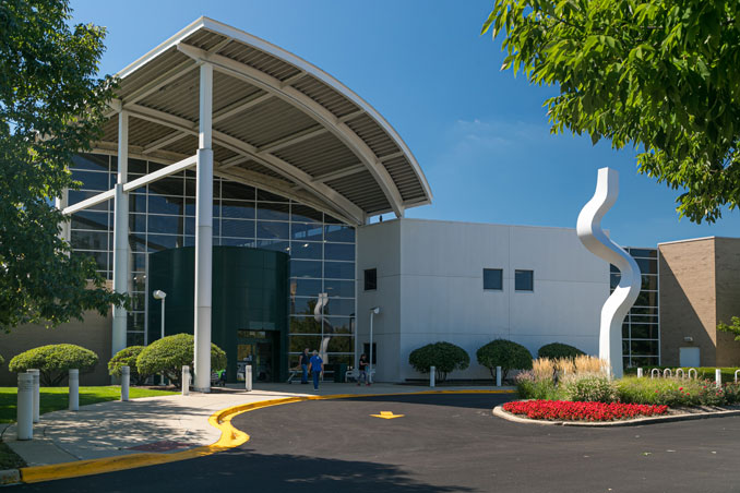 Entrance to the NCH Wellness Center at 900 West Central Road in Arlington Heights