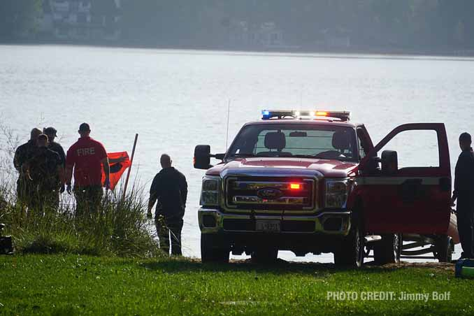 Water rescue scene at Highland Lake in Lake County before a Chicago man died at a hospital (PHOTO CREDIT: Jimmy Bolf).
