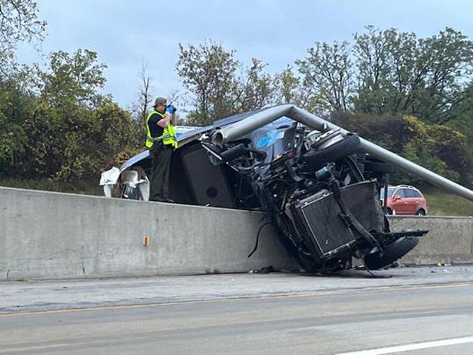 Amazon semi-trailer truck crash on I-94 EAST just north of Gurnee, Illinois on Monday, October 4, 2021 (PHOTO CREDIT: Michael Piekos)
