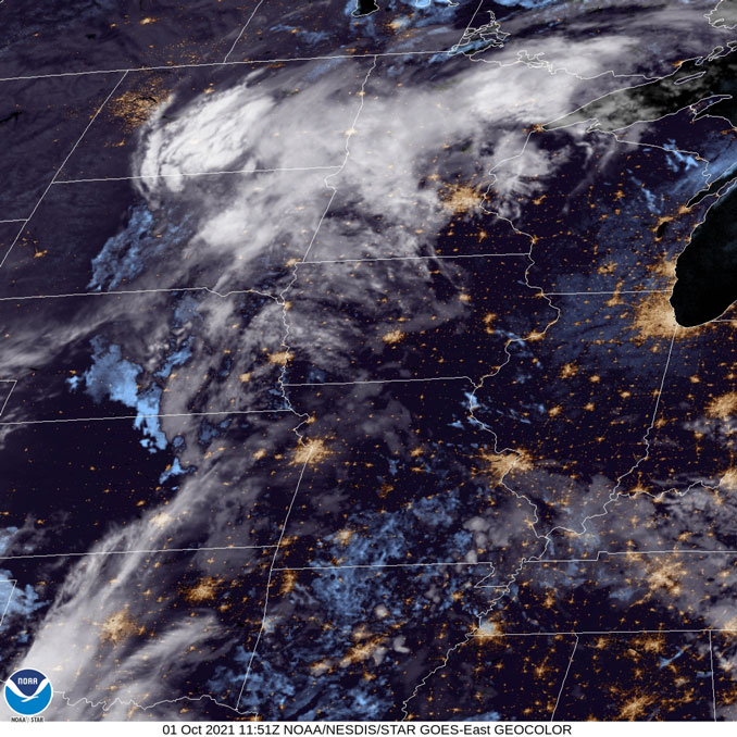 GOES-East cloud cover on October 1, 2021 at 651AM CDT